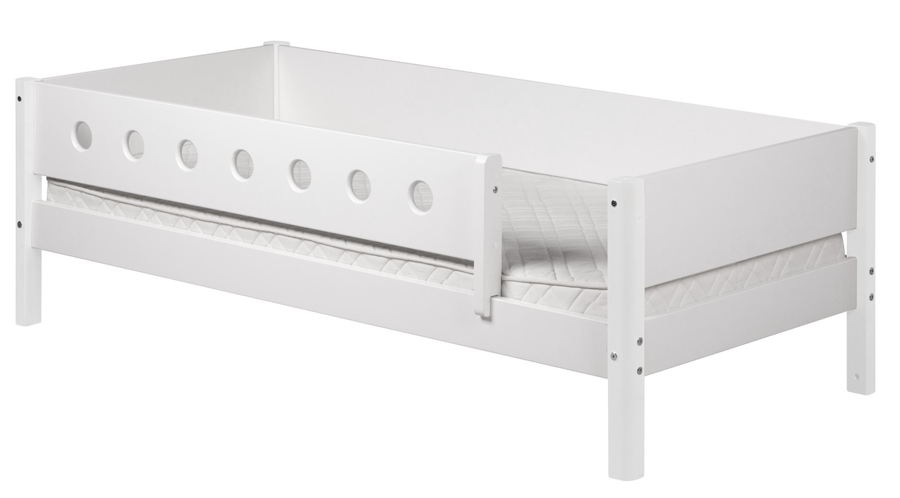 Etagenbett Flexa Absturzsicherung : Einzelbett weiß 90x200cm mit rückenlehne und absturzsicherung